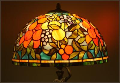 Tiffanylampa Bordslampa Algarve Ø 31cm